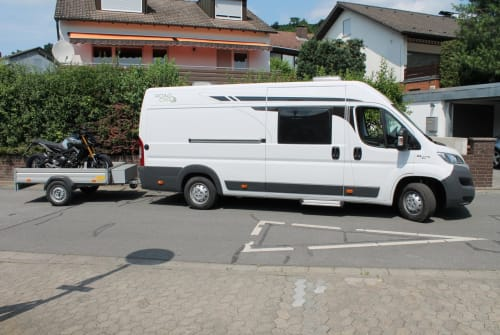Hire a motorhome in Bensheim from private owners| Pössl Roadcar Michels Roadcar