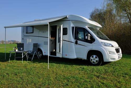 Hire a motorhome in Neuburg a. d. Kammel from private owners| Dethleffs Bella