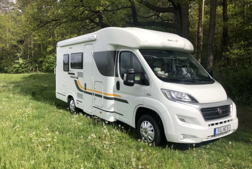 Hire a motorhome in Stein from private owners| Sun Living Grüne Oase