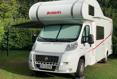 Hire a motorhome in Jüchen from private owners| Dethleffs Dethleff