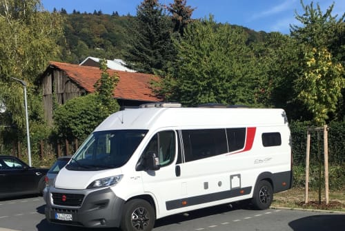 Hire a motorhome in Ettlingen from private owners| Bürstner WoMo autark
