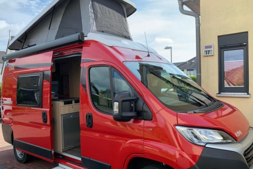 Hire a motorhome in Dinslaken from private owners| Pössl Alfons