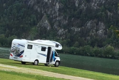 Hire a motorhome in Chemnitz from private owners| Knaus Live Traveller