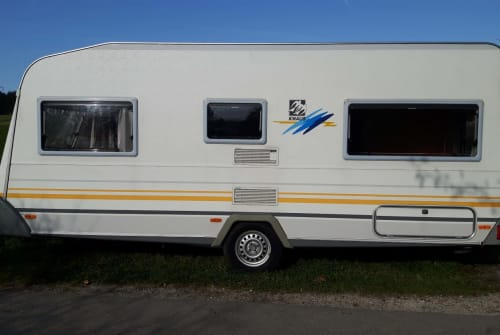 Hire a motorhome in Fuchstal from private owners  Knaus Mountain View
