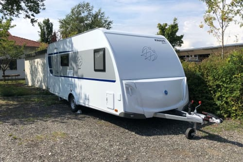 Hire a motorhome in Neufahrn bei Freising from private owners| Weinsberg Luisa