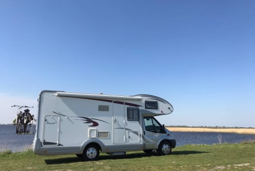 Hire a motorhome in Utrecht from private owners| Eura Mobil  Profila - 2012