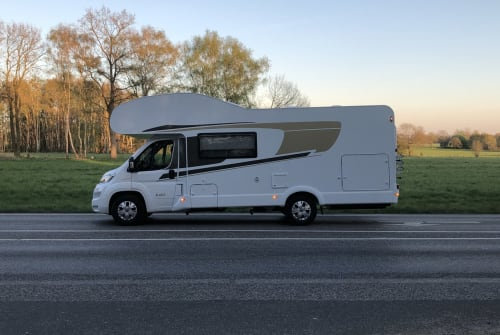 Hire a motorhome in Norderstedt from private owners  Capron Carado mit FT