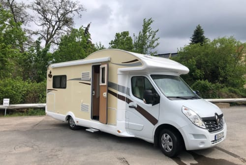 Hire a motorhome in Dresden from private owners  Renault Master dci Diego 37