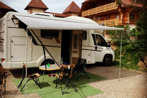 Hire a motorhome in Schorndorf from private owners  Eura Mobil Fritzle