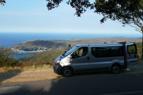 Hire a motorhome in Frittlingen from private owners| Renault (silver-) Star
