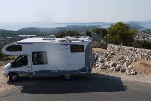 Hire a motorhome in Berlin from private owners| Hobby T 600 AK Pummelbrummer