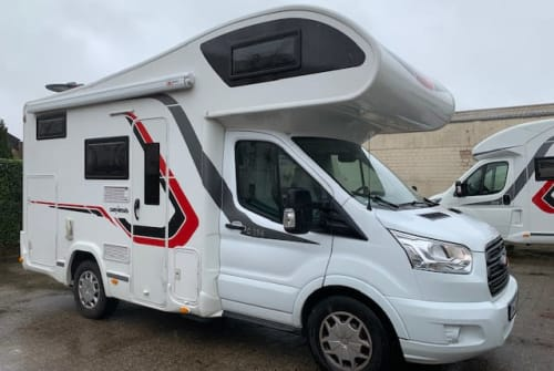 Hire a motorhome in Stolberg from private owners| Challenger Challenger194C