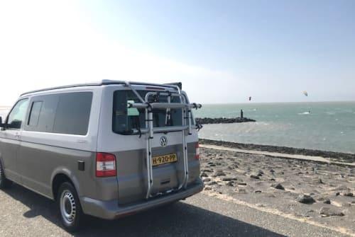 Hire a motorhome in Voorburg from private owners| VW  Ocean Drive