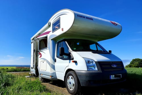 Hire a motorhome in Frankfurt am Main from private owners| Ford Transit  Uschi