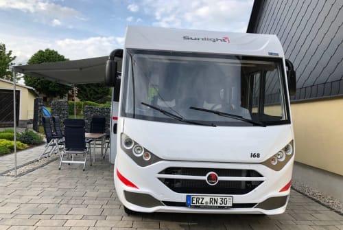 Hire a motorhome in Gornau/Erzgeb. from private owners| Sunlight Sunlight
