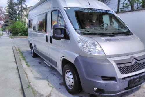 Hire a motorhome in Himberg from private owners| Pössl Pössi