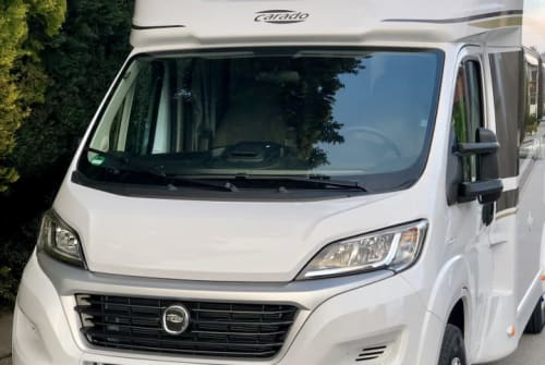 Hire a motorhome in Weilheim i. OB from private owners| Carado MS Family