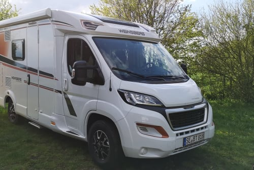 Hire a motorhome in Bad Segeberg from private owners| Weinsberg Weinsberg