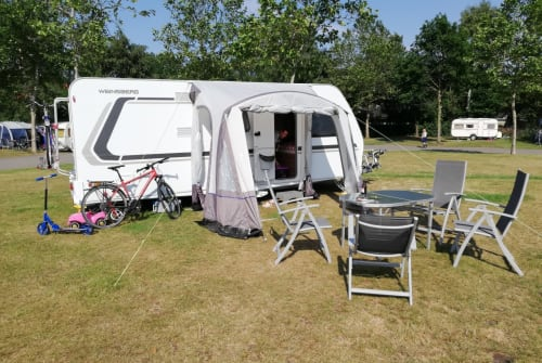 Hire a motorhome in Herford from private owners| Weinsberg Falken Nest