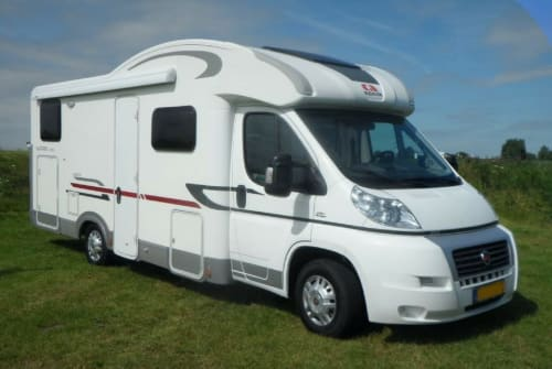 Hire a motorhome in Purmer from private owners| Fiat Ducato Matrix 2011