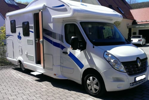 Hire a motorhome in Berching from private owners| Ahorn Der Felix