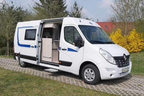 Hire a motorhome in Hildesheim from private owners| Ahorn V-Hörnchen