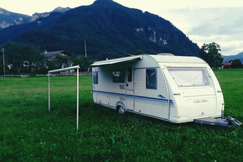 Hire a motorhome in Staudach-Egerndach from private owners| Adria MIROSERL
