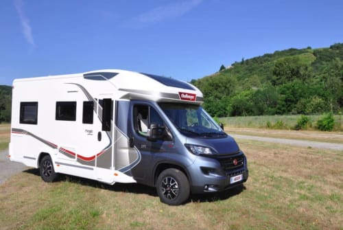 Hire a motorhome in Birkenwerder from private owners| Fiat SERO