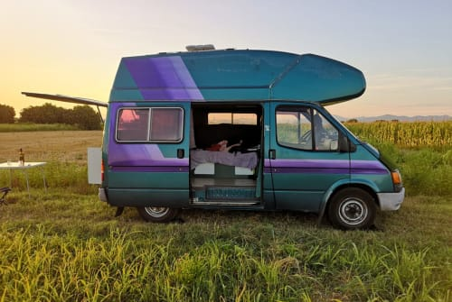 Hire a motorhome in Köln from private owners  Ford Rider of Love