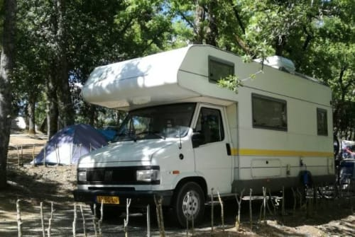 Hire a motorhome in Geldrop from private owners| Knaus  FAM. CAMPER 5P.