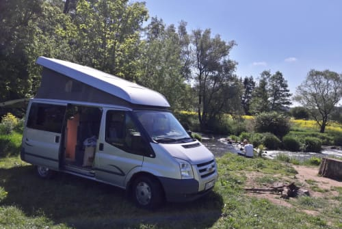 Hire a motorhome in Mainz from private owners| Ford Odgar