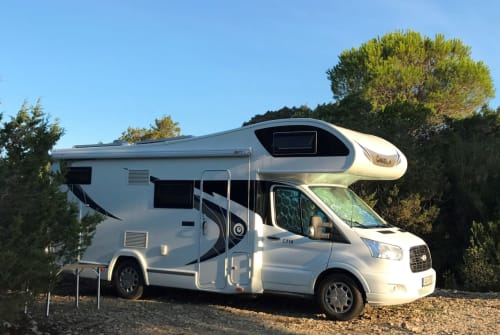 Hire a motorhome in Westhausen from private owners| Chausson Chausson 714