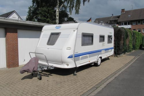 Hire a motorhome in Rheinberg from private owners| Hobby Mein Hobby