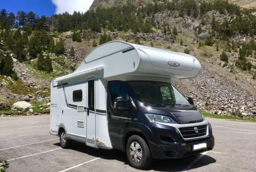 Hire a motorhome in Eschborn from private owners  LMC PandaMobil