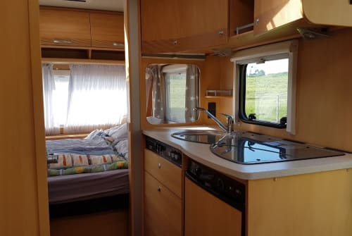 Hire a motorhome in Leipzig from private owners| Dethleffs OTTO