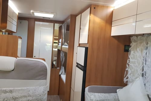 Hire a motorhome in Nörvenich from private owners  Renault  Rimor