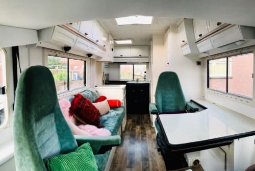Hire a motorhome in Den Haag from private owners| Hymer Bella Wanderbus