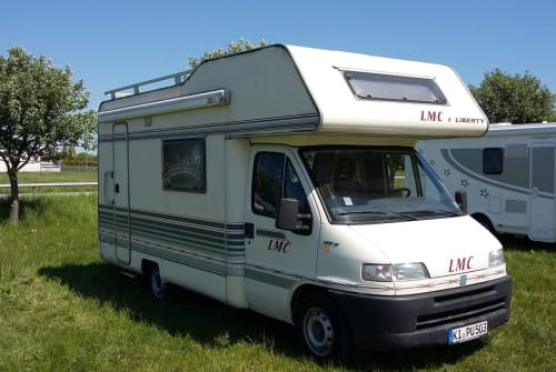 Hire a motorhome in Kiel from private owners| Fiat Ducato Elli