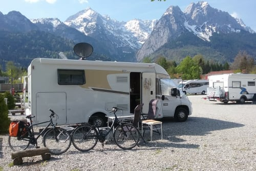 Hire a motorhome in Seestermühe from private owners| Carado Miabella