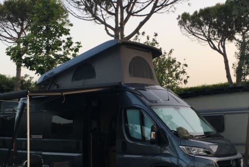 Hire a motorhome in Stuttgart from private owners| Hymercar Hymercar