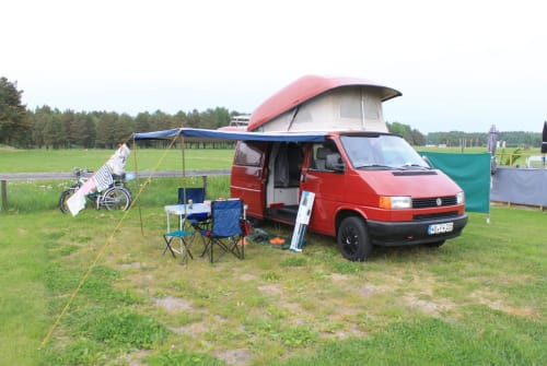Hire a motorhome in Dresden from private owners| VW Roter Flitzer