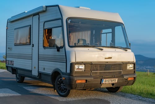 Hire a motorhome in Graz from private owners| Fiat Simply Life