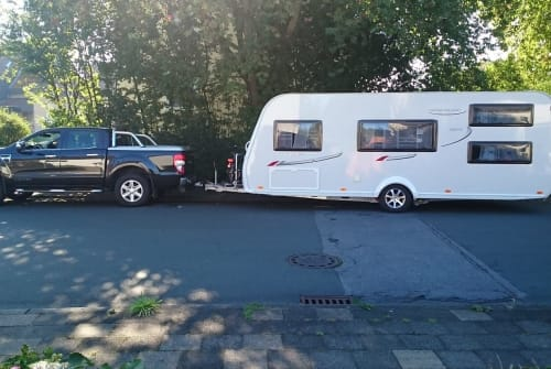 Hire a motorhome in Hamm from private owners| LMC  Hälgar