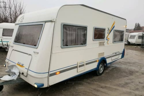 Hire a motorhome in Flöha from private owners| Knaus Klausi