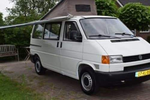 Hire a motorhome in Utrecht from private owners| VW Transporter VW