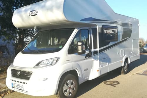 Hire a motorhome in Ravensburg from private owners| Carado Kerstins A 464