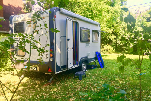 Hire a motorhome in Leipzig from private owners| Knaus Klaus von Knaus