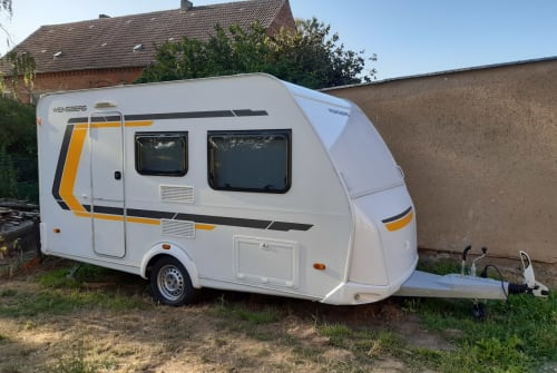Hire a motorhome in Ausleben from private owners| Weinsberg Weinsberg 400LK