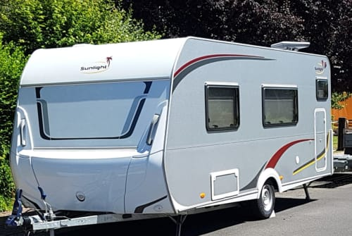 Hire a motorhome in Sulzbach a. Main from private owners| Capron Lala