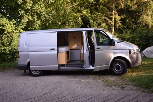 Hire a motorhome in Halle from private owners| VW Weltenbummler